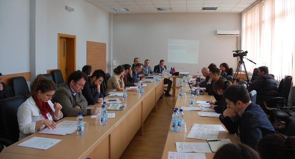 """Tryeza """"Gjendja e kërkimeve në Shkencat Shoqërore në Universitetin e Prishtinës"""